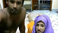 Srilankan couple Riyazeth and Rizna private Show - Desi Sex